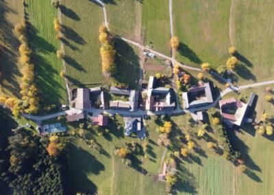 Drone Services Foto und Videoaufnahmen Dorf